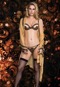 Robe com Rendinha Gold Luxe De Chelles