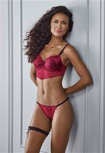 9224ac4e5 Conjunto Lingerie Vermelha de Renda Di Carla DeMillus.
