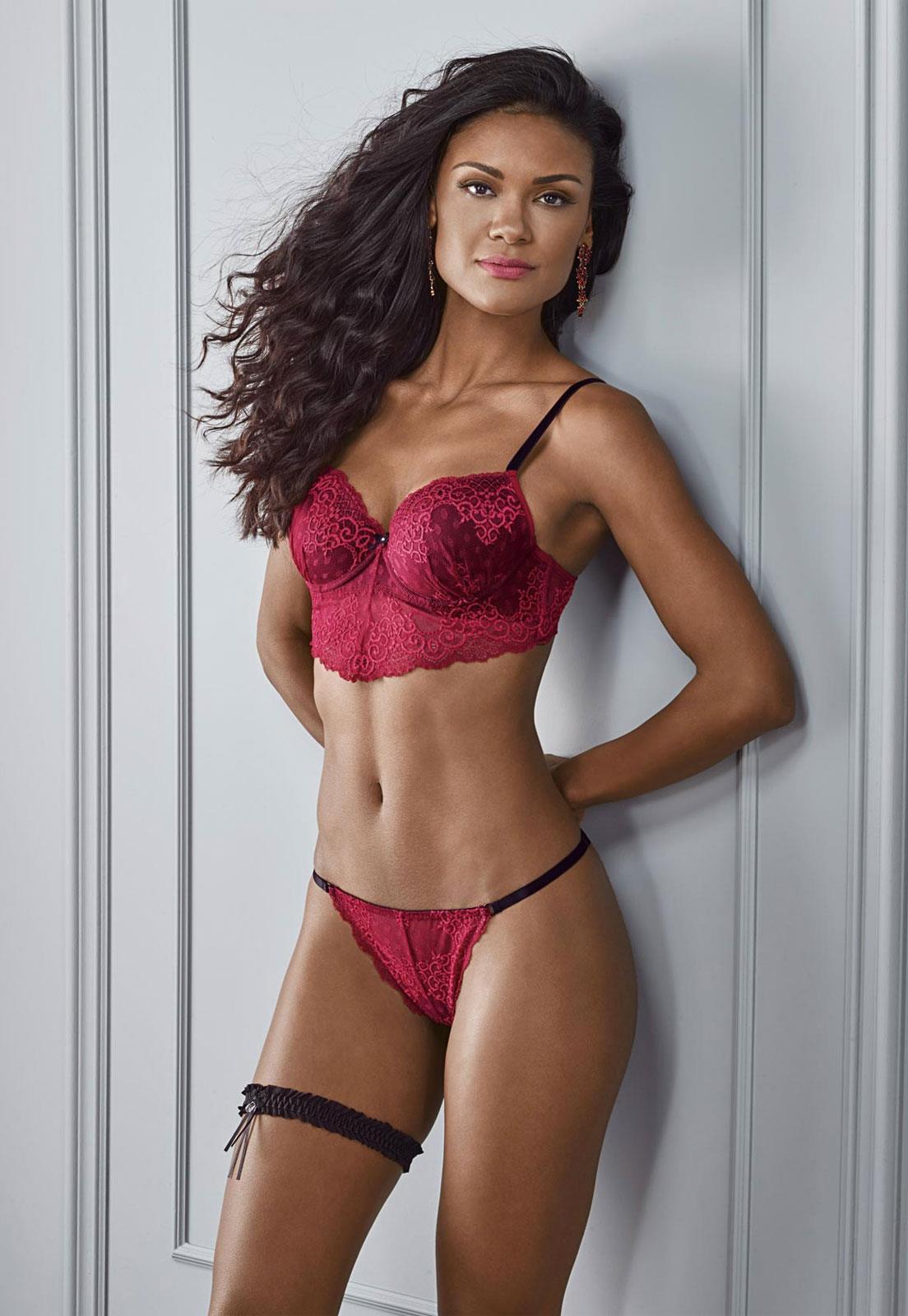 6f4563df55 Conjunto Lingerie Vermelha de Renda Di Carla DeMillus - Le Lingerie