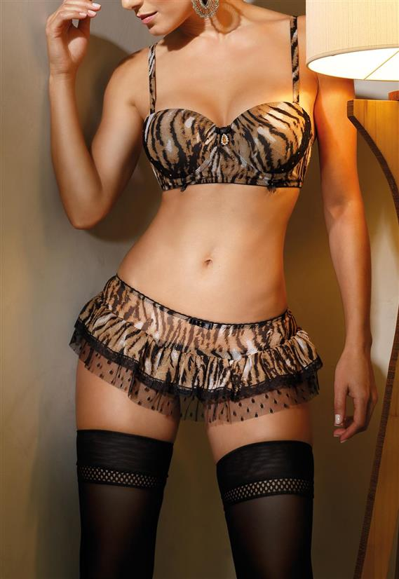 Conjunto Animal Print Beautiful com Sainha